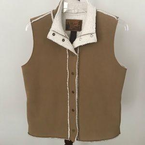 Ralph Lauren fleece lined vest size Small